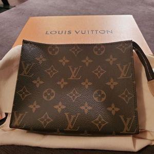 Authentic Louis Vutton TOILETRY POUCH